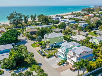 3 Houses to Beach Large Lux Home, Pool/Spa, Gulf View, Outdoor Bar/Tiki, Pets OK