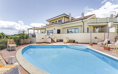Photo for 4 bedroom accommodation in Bracciano RM