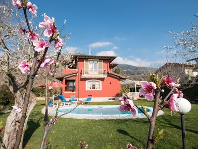 Photo for villa with  swimming pool in tuscany