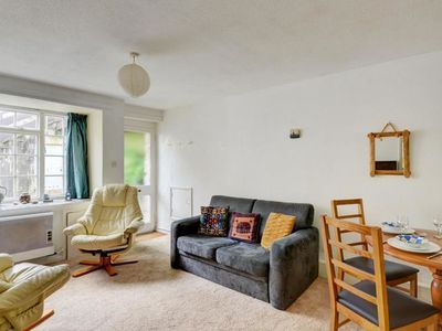 Photo for Cosy apartment with terrace in St. Ives, near the beach