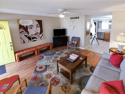 ADORABLE -Lucky in KY Lodge, LOCATION, LOCATION, Highlands, EXPO, Downtown, NULU