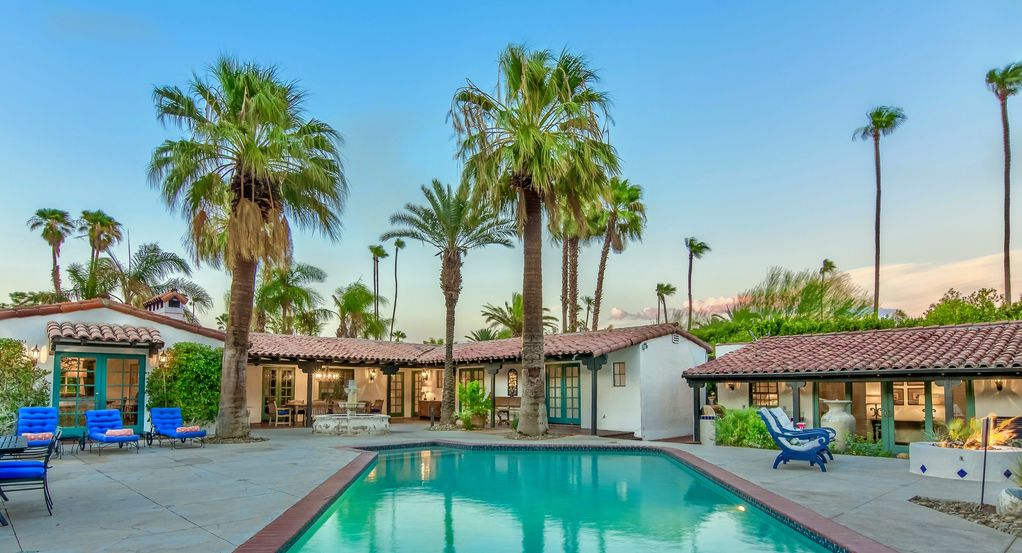El mirador holiday house the lucy house 5br 5ba for The lucy house palm springs