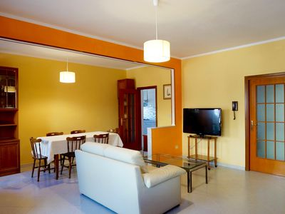 Photo for Casa Marì. Bright and comfortable apartment just minutes from the beach.