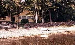 3BR Home on secluded lakefront property