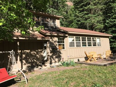 Photo for Quiet vacation house on forested property in Ouray