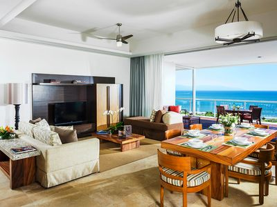 Photo for Ultimate Luxury & Service - 2-3 Beds + Deck, Pool, Beach, Golf, Tennis, Spa