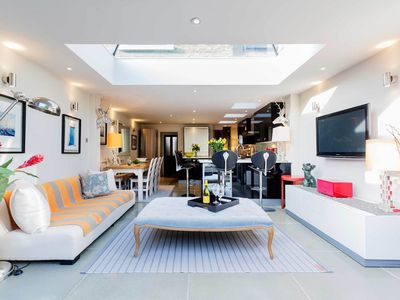 Photo for Wandsworth Warmth - Four Bedroom House, Sleeps 8