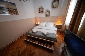 Photo for Srecko Apartment - Near National Museum
