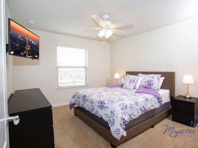 Photo for Brand new 6 bd Windsor Westside