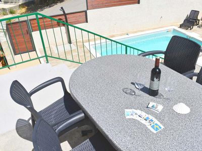 Photo for One bedroom apartment with terrace and sea view Kotišina, Makarska (A-18142-a)
