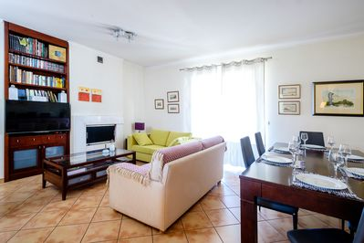 Living room: Ideal place for families with children or friends.