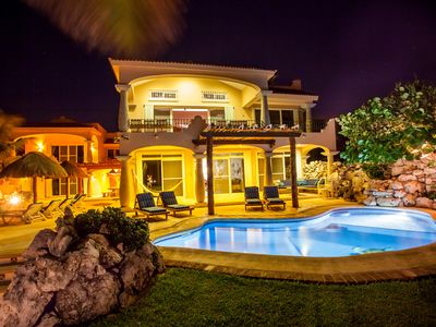 Villa Brisa Caribe is  stunning, private and unique will rent as 5 to 9 bedrooms