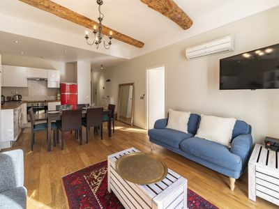 Photo for Wdf 3 bedrooms right in the heart of Cannes !