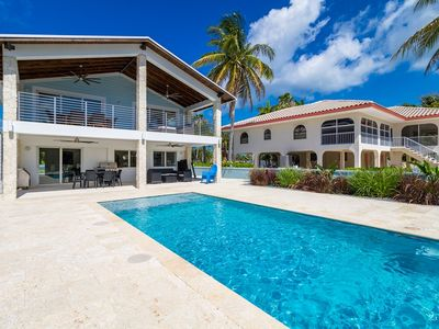 P69 - Five Star completely remodeled home just steps from Sombrero Beach - Private Pool and Dockage