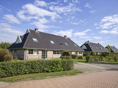 Photo for 24-person bungalow - Accessible+ in the holiday park Landal Orveltermarke - rural location