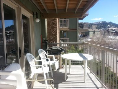 Barbeque with a View of Yampa River, 2Bed, 2Bath