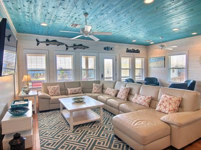 Photo for Brand New House Jumpin' Jellyfish! Close to Beach, Private Fishing Pond, Pool