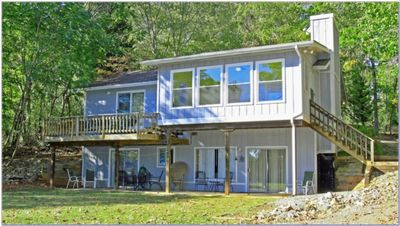 Photo for Dog Days of Summer - Lots of room, pool table, sundeck at dock.