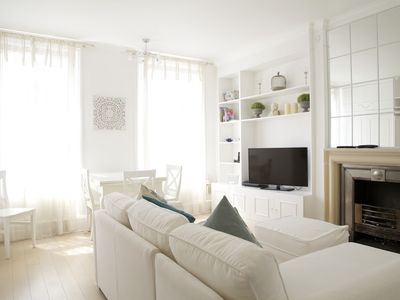 Photo for Apartment in London with Internet, Lift (907411)