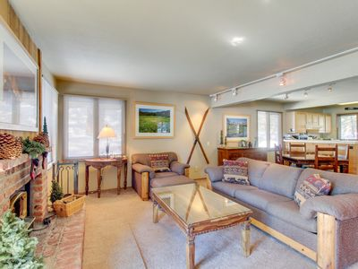Photo for Charming ground-level condo with shared hot tub, pool, sauna, & tennis courts