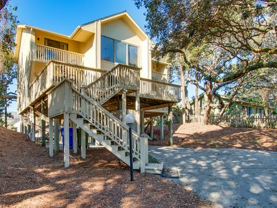 Photo for Spacious dog-friendly home with large private deck - steps from the beach!