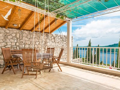 Photo for Dubrovnik apartment Dubrava - Old Town and sea view - free private parking