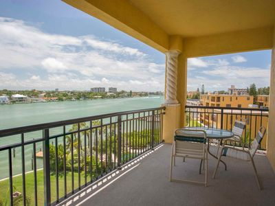 Photo for Top Floor Condo With Wide Views Of The Waterway. New Building Along The Beaches.