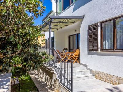 Photo for 3 bedroom Apartment, sleeps 7 in Šikići with Air Con and WiFi