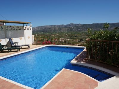 Photo for Villa with views, private pool, TV-SAT, barbecue, parking, dishwasher