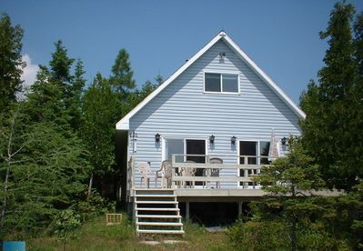 Cottage has beautiful front view facing South Bay.