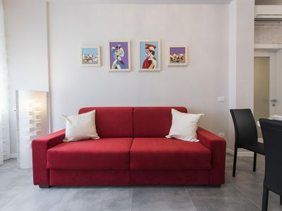 Photo for Pomona  apartment in Oltrarno with WiFi, integrated air conditioning, jacuzzi & lift.