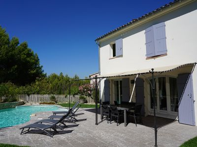 Photo for Beautiful Villa with heated pool on the Pont Royal golf, close to the lake