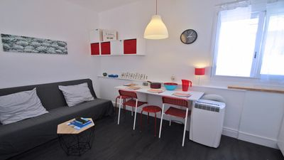 Photo for Studio 2/4 people - Downtown - Air Conditioner - Beach walk - Sainte-Maxime