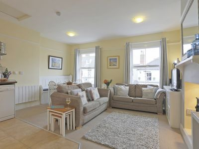 Photo for The Lookout - Two Bedroom Apartment, Sleeps 4