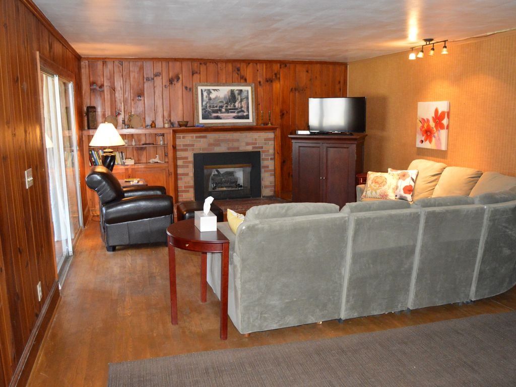 Large Relaxing Apartment Home In Historic L... - VRBO