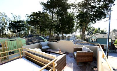 Photo for Rooftop Deck! 5min to Beach. Clean & Fresh. Walk to the Point, Shops & Coffee.