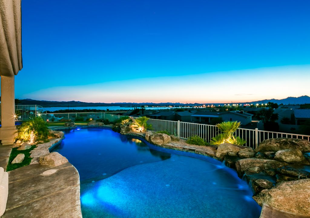 Best View In Havasu Luxury Home With Pool Spa Putting