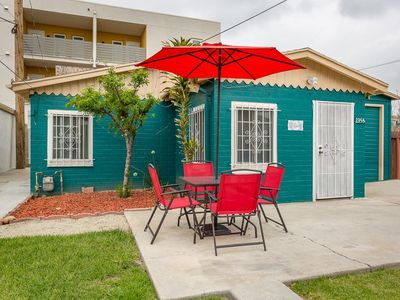 Photo for Inglewood house · The Brilliant Blue Bungalow. Mins 2 LAX, The Forum