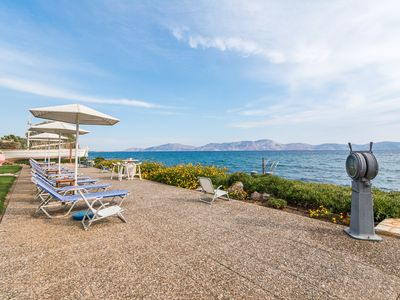 Photo for Private beachfront villa in Hermioni