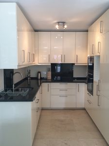 Fully equipped kitchen - dishwasher, washing machine, microwave, oven