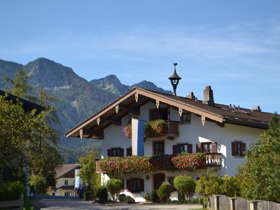 """Photo for Cosy Holiday Apartment """"Beim Kreuzfelder Zwiesl"""" with Wi-Fi, Garden, Balcony & Mountain View; Parking Available"""