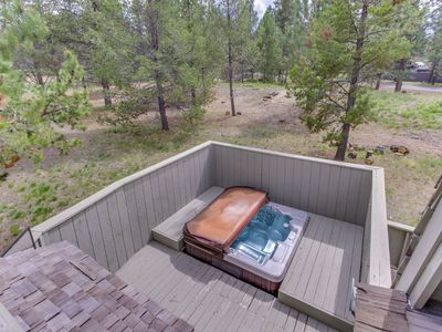 Photo for NEW LISTING! Remodeled home w/hot tub, SHARC passes & furnished deck!