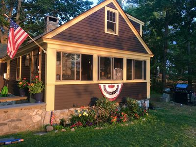 The WATERFALL COTTAGE:  Best fishing, sunsets & only steps from quaint town.