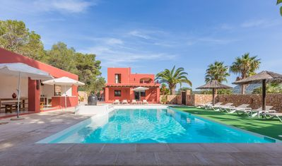 Photo for Catalunya Casas: Alluring Villa Vendi up to 10 guests just 2km from the beach!