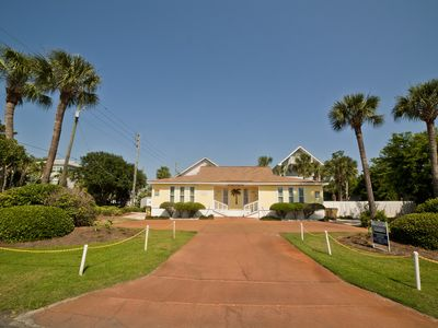 Photo for Charming Bungalow No Hidden Fees (pool) on the south end of Tybee Island.