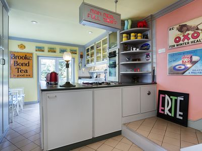 Photo for UP TO 20% OFF - Quirky and artistic 2 bed home in leafy Hampstead (Veeve)