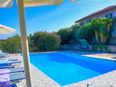 Photo for Antigoni Villa Ena: Shared pool, stunning views, A/C