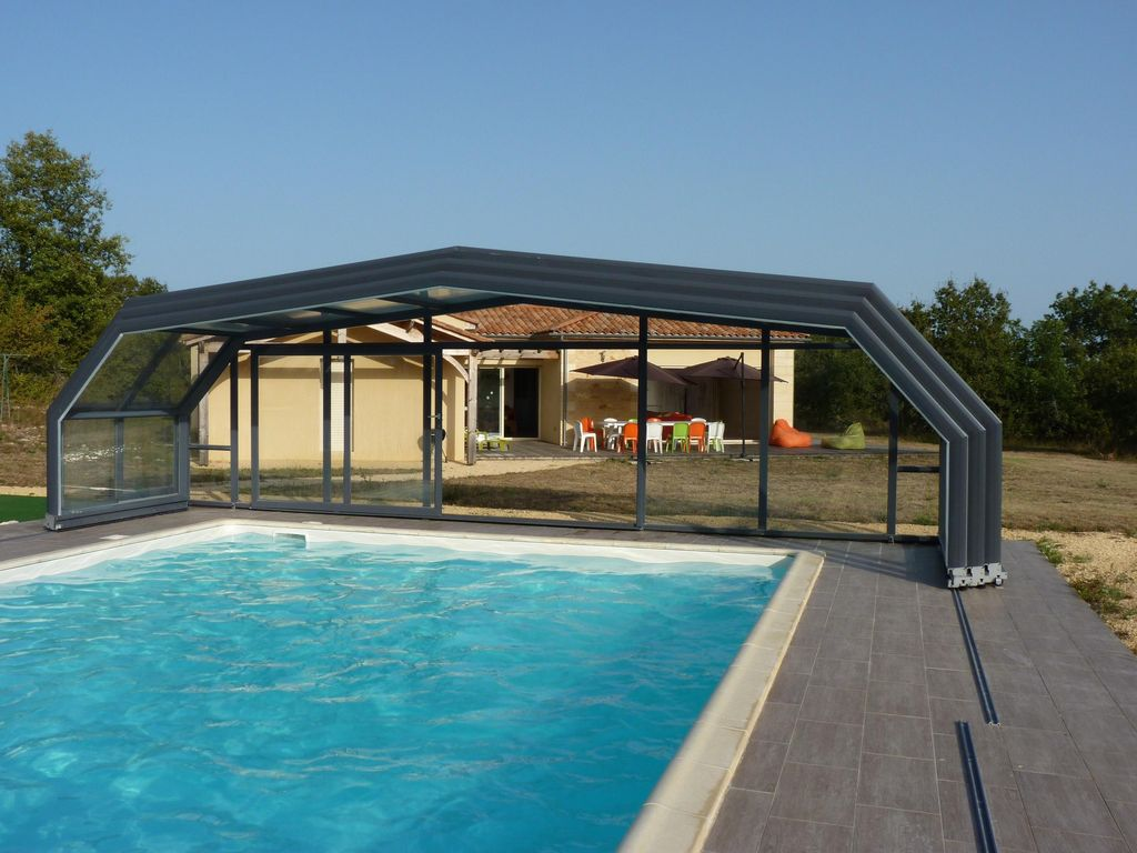 Villa 12p piscine priv e couverte chauff e fitness for Villa piscine privee