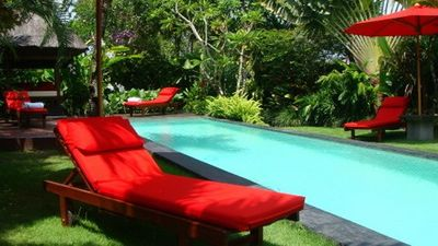 Garden & pool lounges