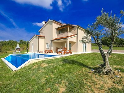 Photo for Holiday house Skropeti for 5 persons with 3 bedrooms - Villa